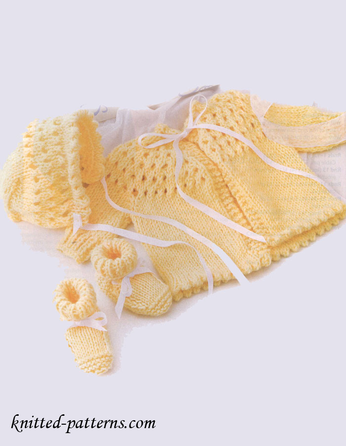 Knitting Patterns And Wool Sets : Newborn Knit Set - Sweater Bonnet Booties